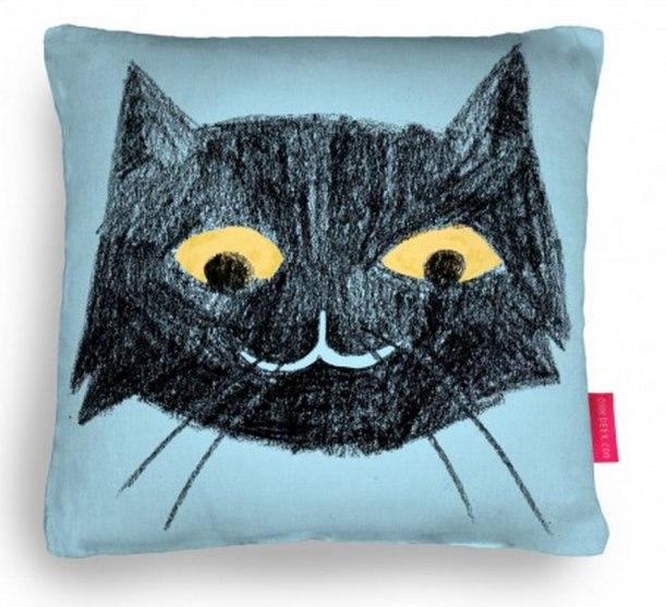 Nancy Lemon © 2015 Cush Cat Cushion